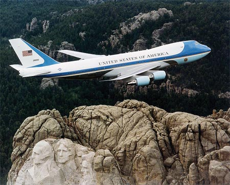 mt-rushmore-airforceone.jpg